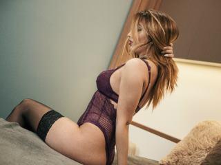 AntoniaRey nude cam